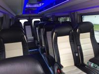 Noleggio minibus da 9 a 18 passeggeri, esclusivamente con conducente. tour