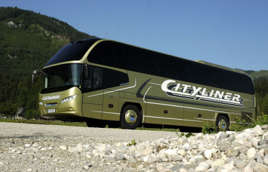 Coach and bus rental
